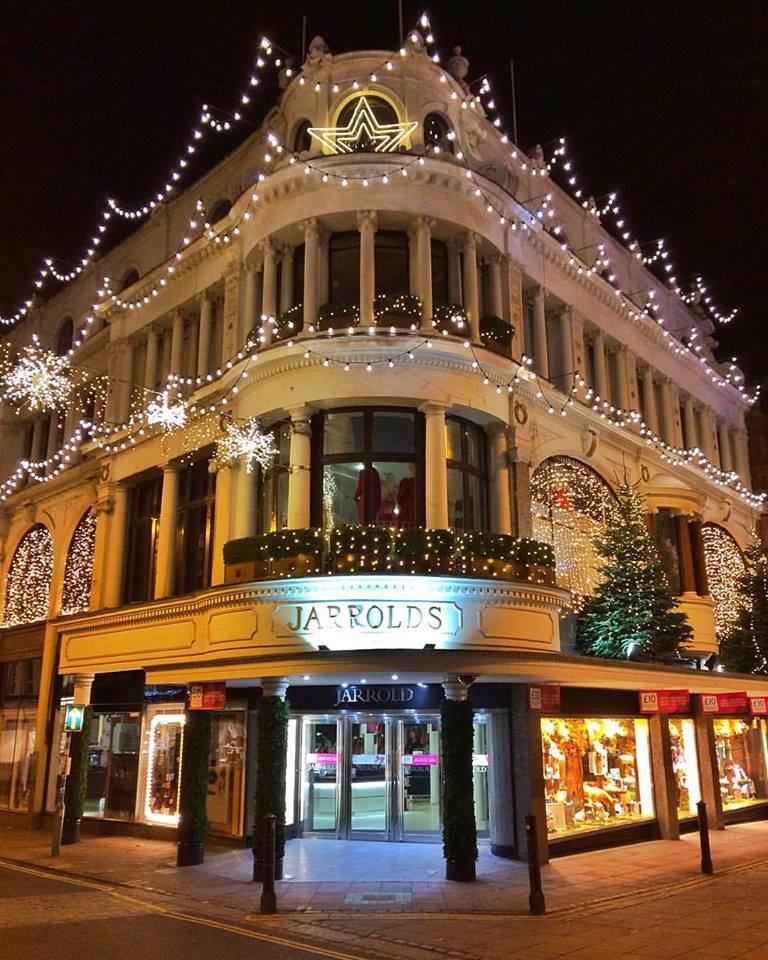 Yesihaveablog | Christmas in Europe | Jarrolds Department Store | Christmas in England | Winterlust